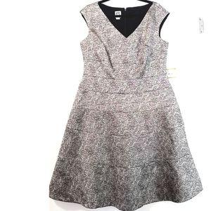 14 Anne Klein Black & Gold Dress NWT